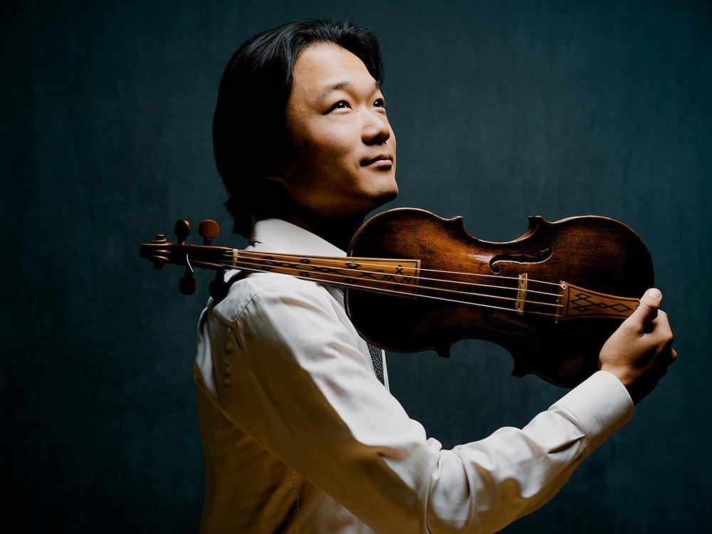 Shunske Sato, violin