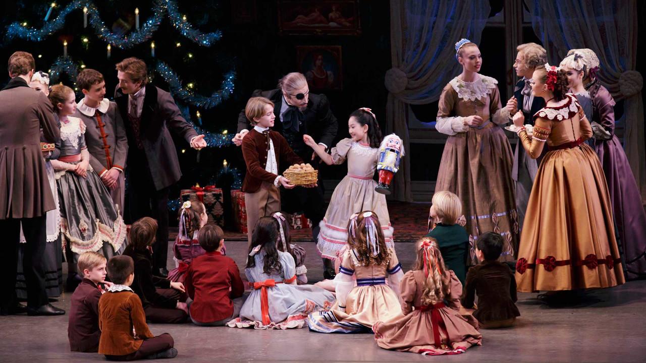 George Balanchine's The Nutcracker® / LC Kids Member Event