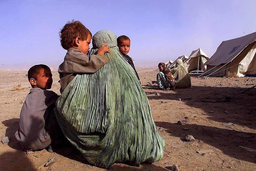 Afghan refugees in southwest Pakistan, 2001.