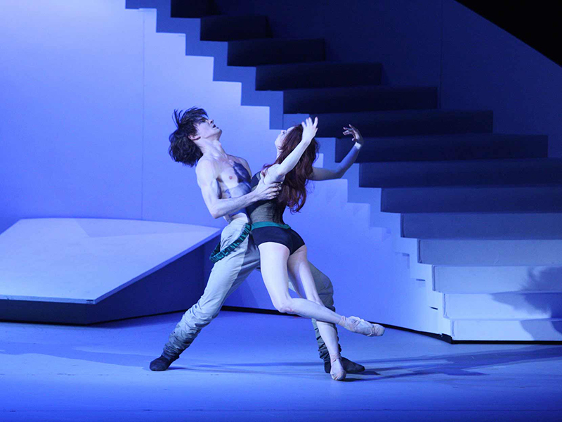 Vladislav Lantratov and Ekaterina Krysanova of the Bolshoi Ballet in The Taming of the Shrew.