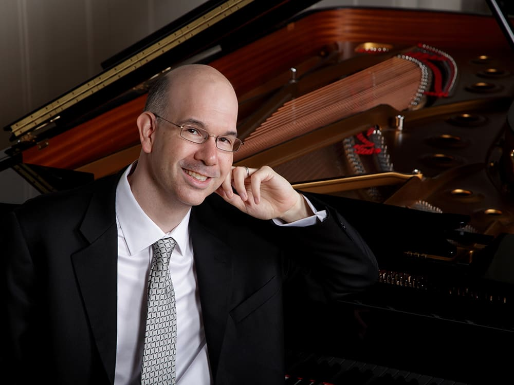 Matthew Hagle, piano